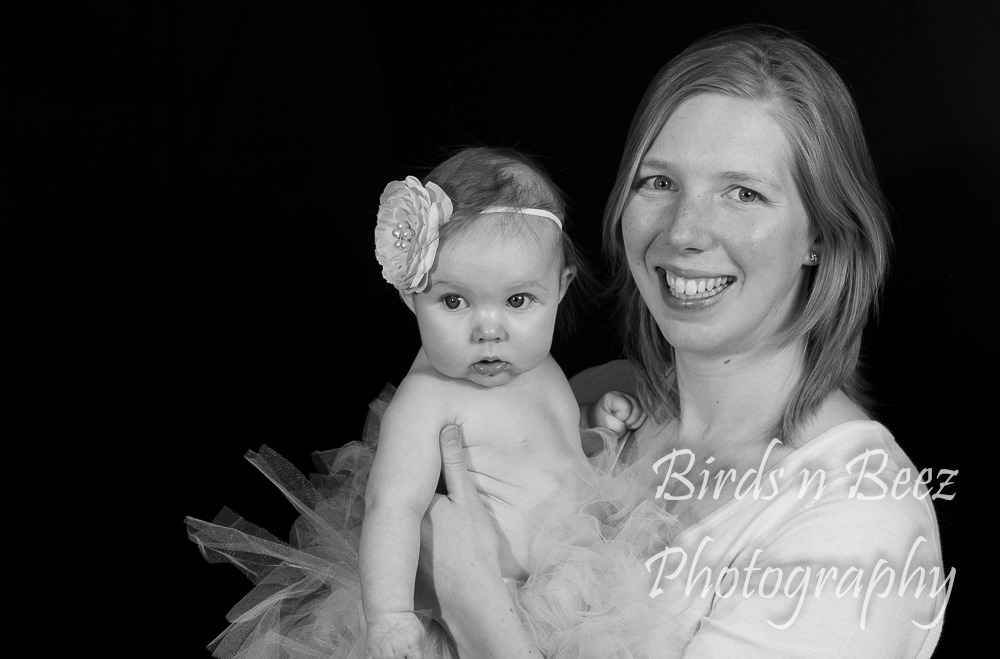 newborn portrait baby mother daughter